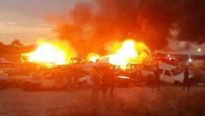 Antalya'da yangın paniği! Araçlar yandı
