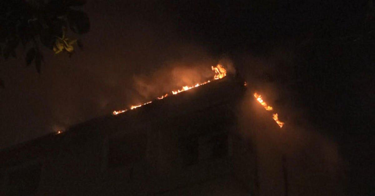 Avcılar'da 4 katlı binada yangın paniği