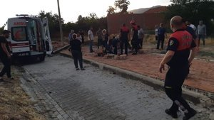 Aydın'da fırtına duvarı yıktı, 1 kişi öldü