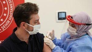 Biontech aşısı kol ağrısı yapar mı?