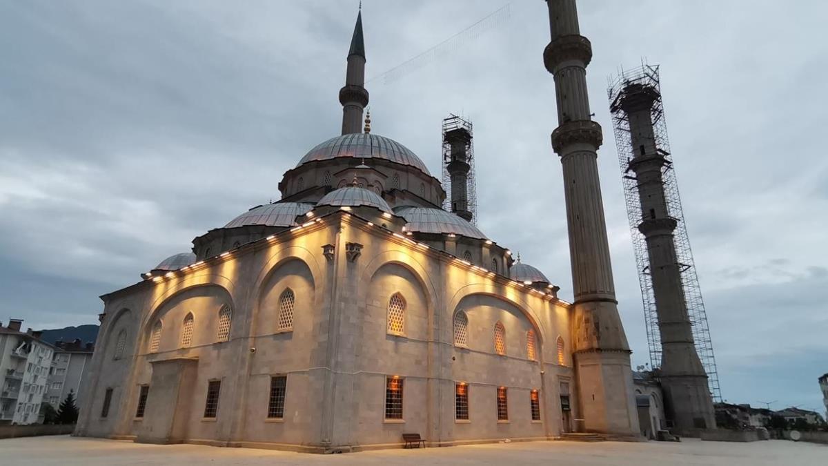 Cami hoparlöründen vatandaşlar uyarıldı: Bu gece başlıyor