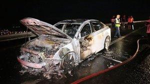 Feci kaza: 8 yaralı! Yardım için durmuşlardı...