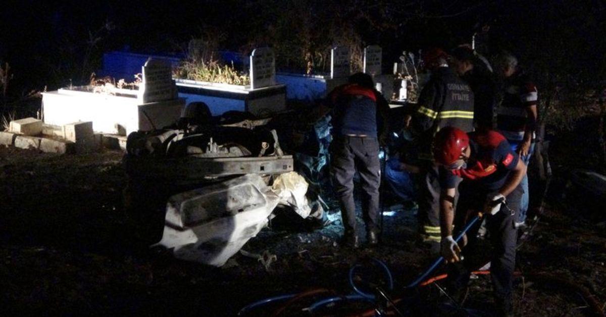 Feci ölüm: Otomobil takla attı, yanarak can verdi