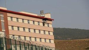 Geri Gönderme Merkezi'nde yangın: 1 sığınmacı öldü