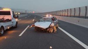 İzmir'de korkunç kaza! Sürücü camdan fırladı