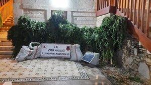 İzmir'de uyuşturucu tacirlerine operasyon: 11 gözaltı
