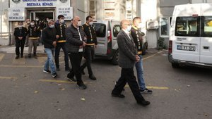 İzmir'deki 9 müteahhit için yeni gelişme!