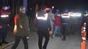 İzmir merkezli FETÖ operasyonu: 84 gözaltı kararı