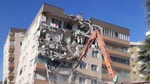 Japon deprem bilimciler anlattı! Binalarımız 9'a dayanıyor çünkü!
