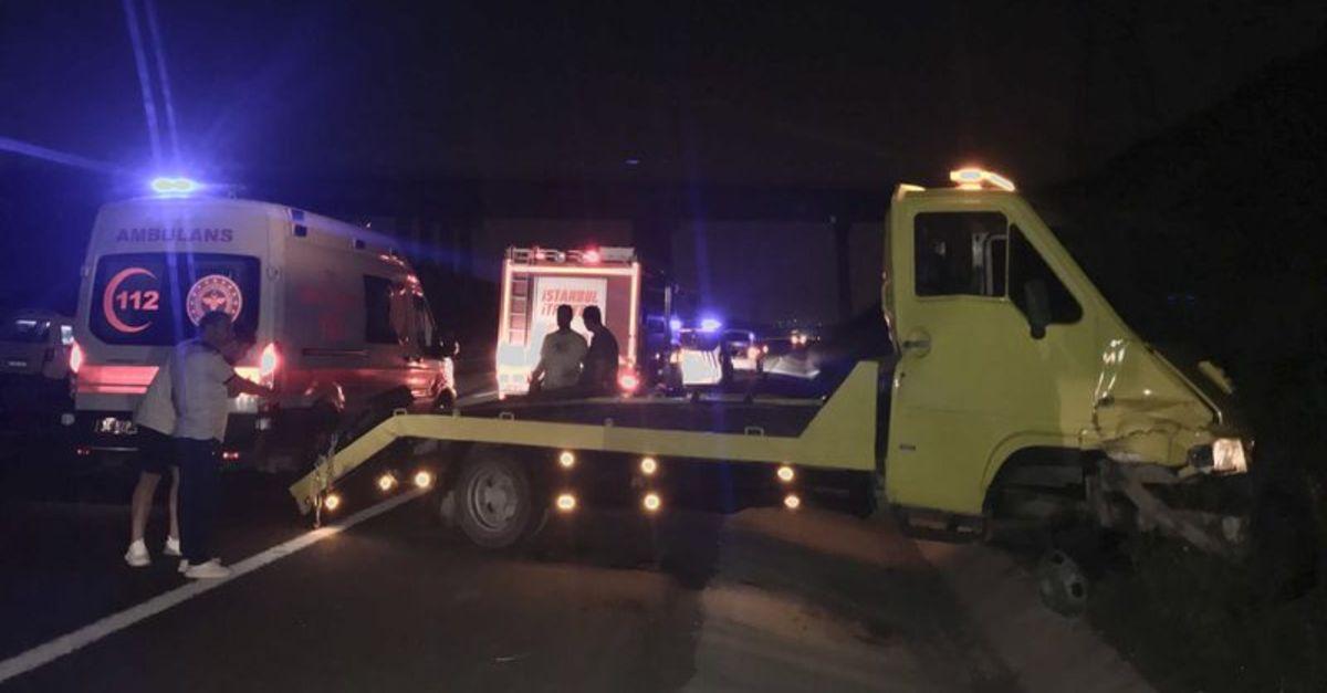 Kuzey Marmara Otoyolu'nda zincirleme kaza: 2'si çocuk 5 yaralı