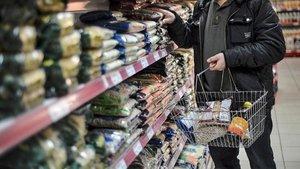 Marketler ve bakkalar saat kaçta açılıyor?