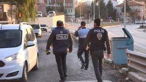 O ilde 4 mahallede 82 cadde ve sokak karantinaya alındı