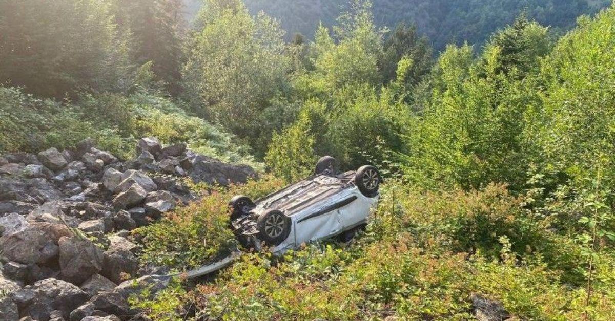 Otomobil uçuruma devrildi, sürücü öldü