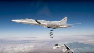 Rusya'dan Suriye'ye uzun menzilli 3 bombardıman uçağı