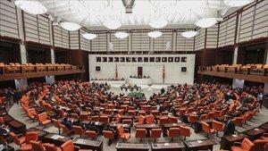 TBMM Genel Kurulunda, Milli Eğitim ile Ulaştırma ve Altyapı bakanlıklarının bütçeleri kabul edildi