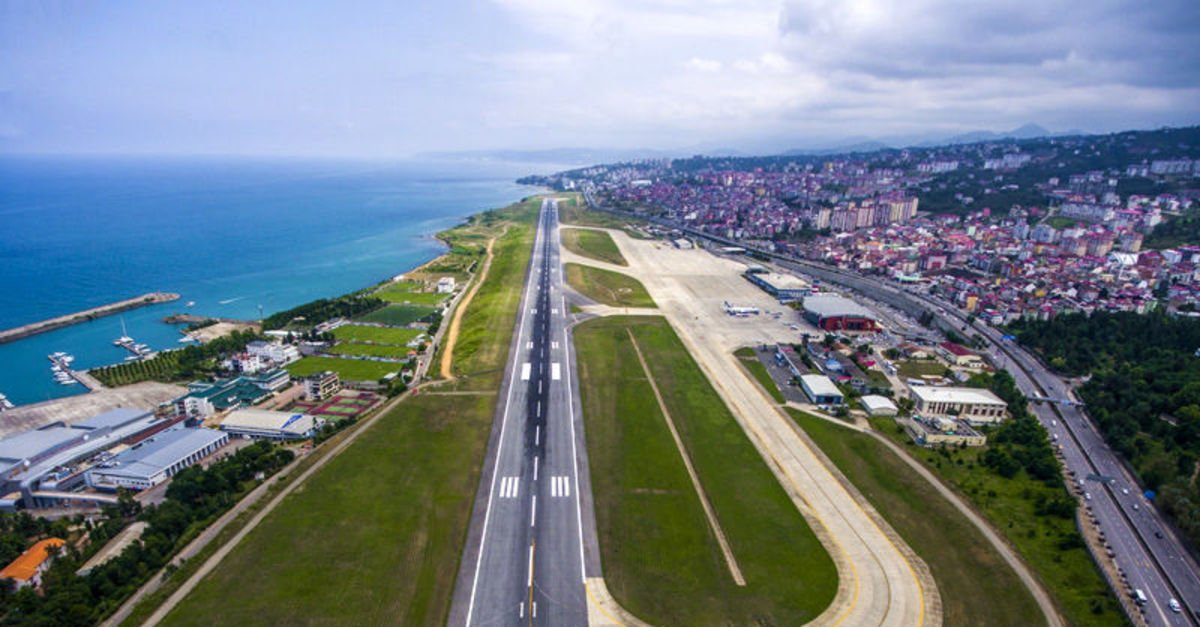 Trabzon Havalimanı'nda uçuşlar 3 saat sonra normale döndü
