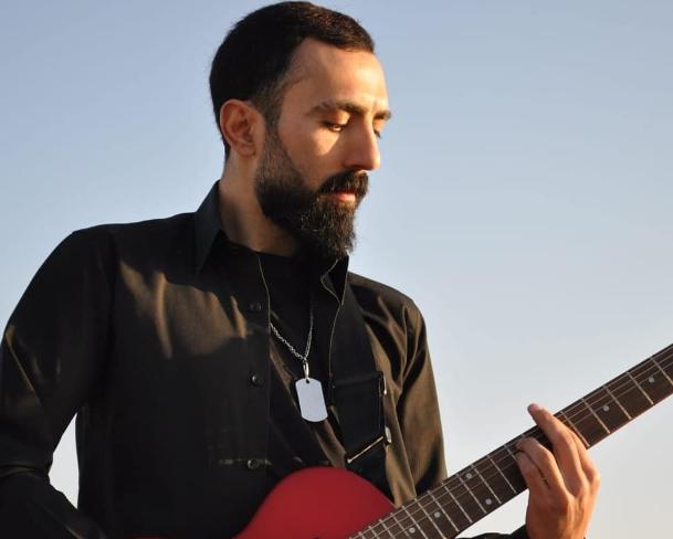 Türk Rock Müzik Sanatçısı ve Söz yazarı Ümit Fazıl Geleri