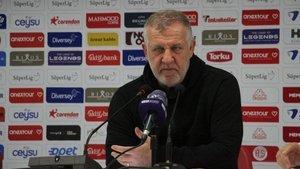 BB Erzurumspor'a teknik direktör dayanmıyor