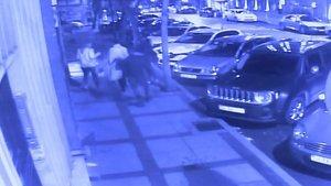 Beşiktaş'ta dehşet! 2'si kadın 3 kişiyi bıçakladı
