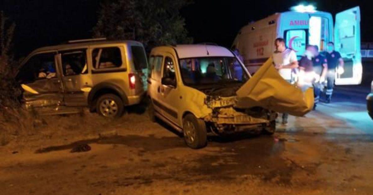 Burdur'da trafik kazası: 9 yaralı