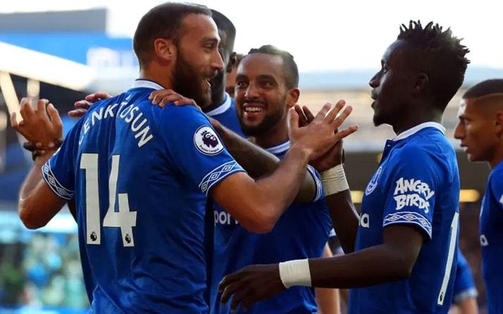 Cenk Tosun asist yaptı Everton turladı