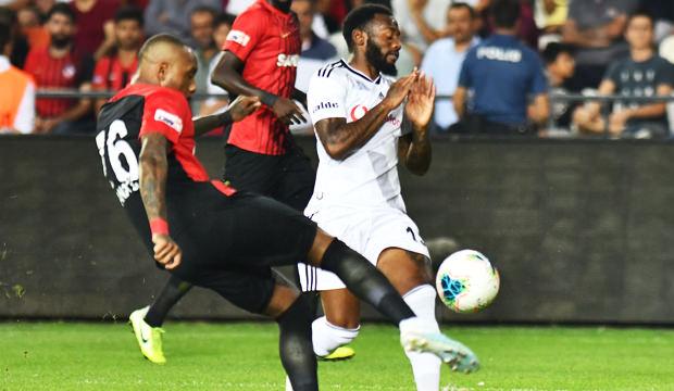 Gaziantep'te 5 gol, 3 kırmızı kartlı maç! Beşiktaş ağır yaralı