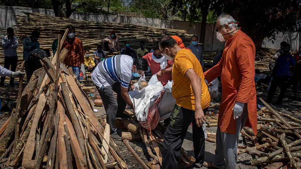 Hindistan felakete yürüyor