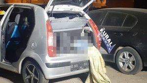 Otomobilin bagajında cansız beden bulundu