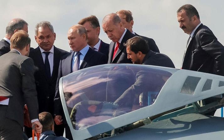 Rusya dönüşü uçakta Erdoğan'dan flaş açıklamalar: Boşuna gelmedik buraya