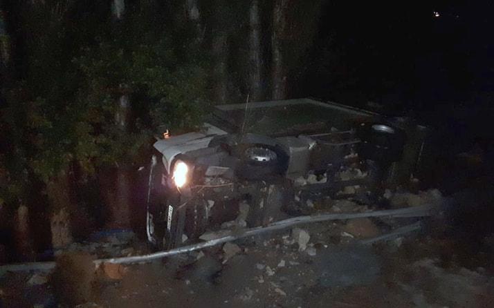 Sivas'ta HES kanalı patladı 3 araç suya kapıldı