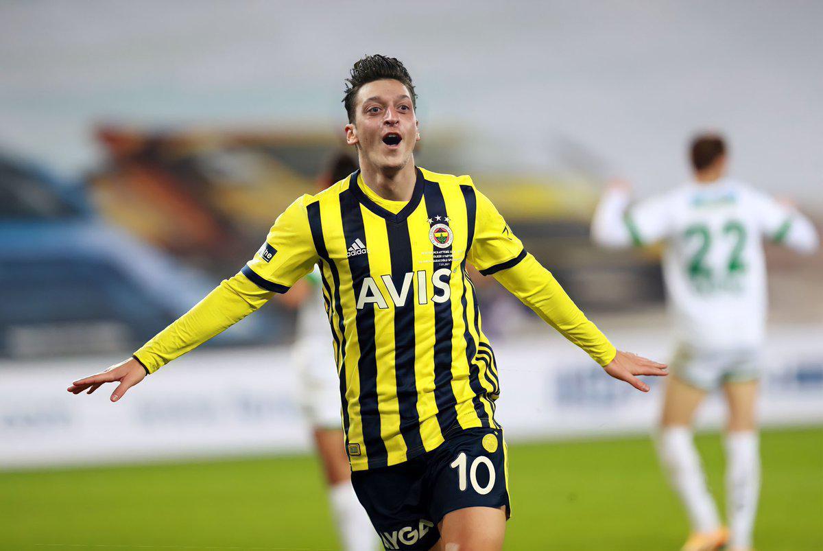 Son dakika - Fenerbahçede hedef Trabzonspor! Mesut Özil