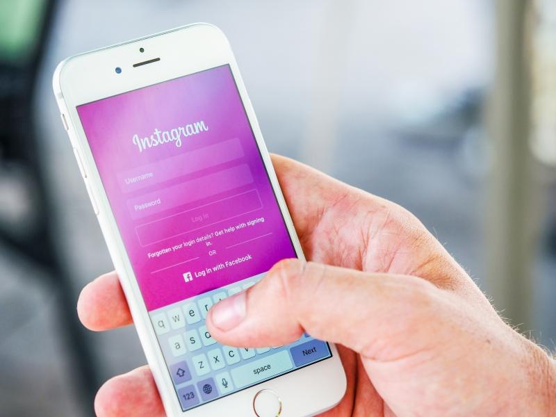 Sosyal medya eğitimi ne gibi avantajlar sağlar?